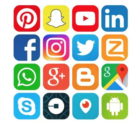 How Students Benefit From Social Media
